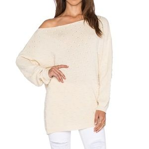 ✨ NWT Callahan Off The Shoulder Sweater Tunic ✨